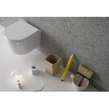 Окачена тоалетна чиния FORTY 3 SENZABRIDA с капак плавно затваряне TAKE-OF КЪСА проекция
